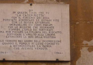 Erinnerungstafel an den Sitz der faschistischen Partei