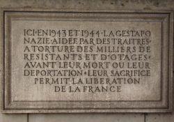Gedenktafel am ehem. Gestapo-Folterkeller, Ave. Berthelot
