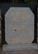Gedenkstein für zwei erschossene Patrioten