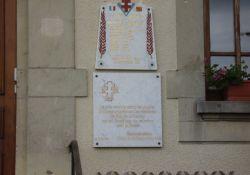 Gedenktafeln am Rathaus