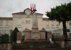 Totendenkmal, Place du Champ de Mars