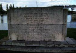 Denkmal an Rheinüberquerung
