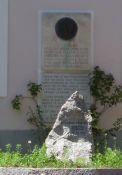 Gedenktafel Juvenat und Gedenkstein Frontin
