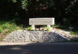 Denkmal an 14 FTP-Résistants