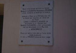 Gedenktafel am Haus Perini
