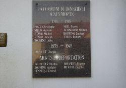 Gedenktafel an der Kirche