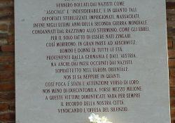 Gedenktafel für die verfolgten Roma
