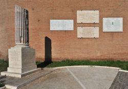 Porta San Paolo - Gedenktafeln