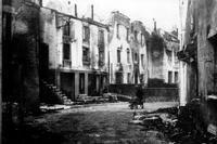 Dortan 1944, eine Straße in Ruinen; Quelle: Mairie de Dortan