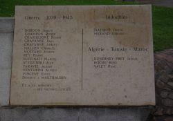 Totendenkmal, Ausschnitt