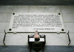 Gedenktafel in der Krypta (Baldini)