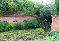 Alte Befestigungsanlage des VI. Forts