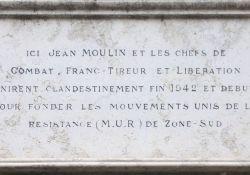Tafel am Haus Deschamps; Quelle: Benoît Prieur, Wikimedia, CC BY-SA 3.0