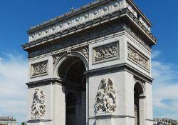 Triumphbogen (© Alvesgaspar, Wikimedia)