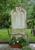 Gedenktafel auf dem jüdischen Friedhof