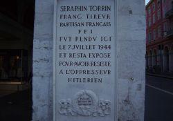 Gedenktafel für den erhängten S. Torrin