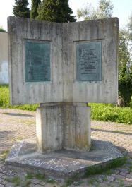 Denkmal für die Opfer des Massakers am 4. Juli 1944