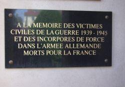 Gedenktafel für die zivilen Opfer, Friedhof Litaldus