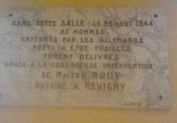 Gedenktafel im Rathaus (© Mairie de Mognéville)
