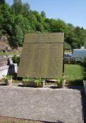 Tafel mit den Namen der 99 Erhängten