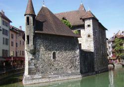 Palais de l'Isle (altes Gefängnis)