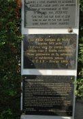 Gedenktafeln an das Internierungslager
