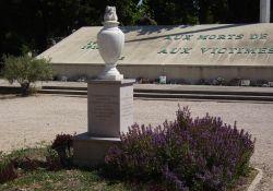 Friedhof St.-Pierre: Denkmal der Deportierten