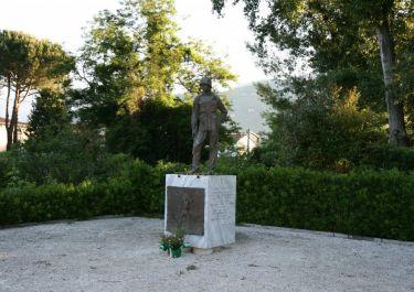 Denkmal für die Gefallenen an der Linea Gotica (Foto: Baldini)
