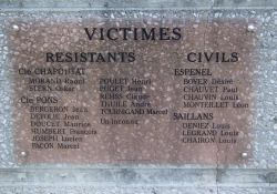 Tafel am Mémorial d'Espenel - zivile Opfer