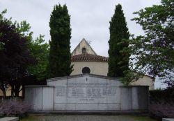 Denkmal am Ortseingang