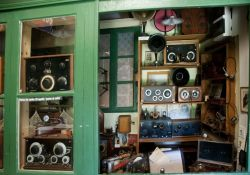 Im Museum: Radios aus dem 2. Weltkrieg