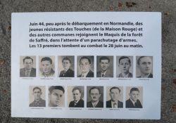 Tafel mit Bildern der getöteten Maquisards; © *)