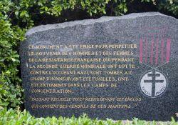 Gedenkstein am Enclos de la Résistance am Place Jean Moulin, für die Opfer der Résistance