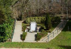 Mémorial/Gedenkstätte (© Père Igor, Wikipedia)