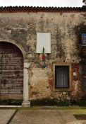 Gedenktafel vor der Abbazia di San Nicola