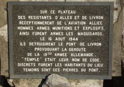 Gedenktafel am Mémorial